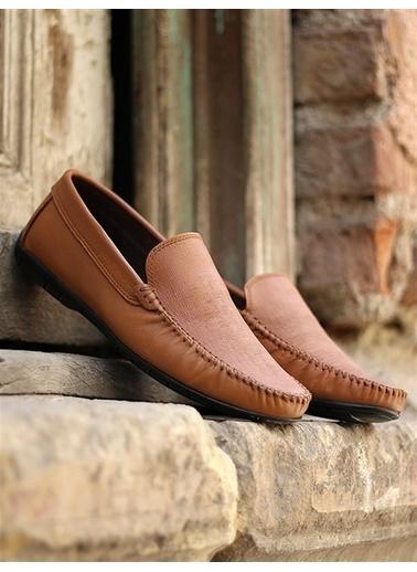 Rodrigo Erkek Lacivert Parlak Loafer Ayakkabı Bej